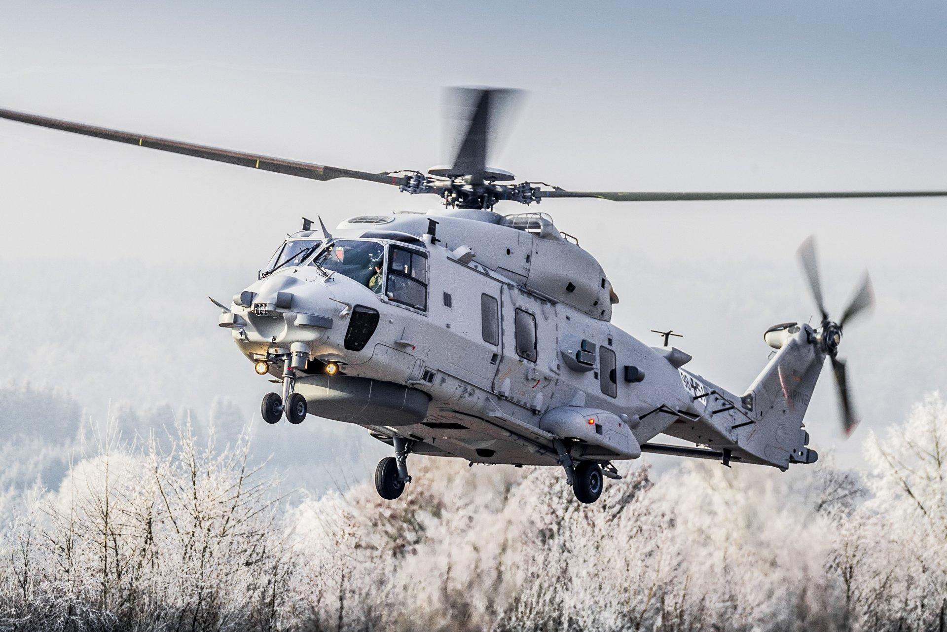 تصاویری از هلیکوپتر NH-90 در حال فلر پراکنی